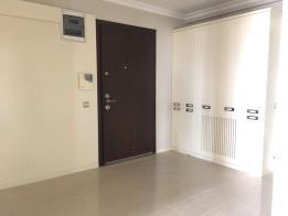 Beykent Parlamenterler Sitesinde Giyinme odalı yapılı 180m2