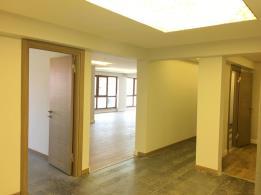 BEYLİKDÜZÜ PAZARIN KARŞISI SIFIR LÜKS BÜYÜK 4+1 büyük daire