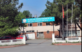 HOMETİME GAYRİMENKUL'DEN DENİZE 100m MESAFEDE İMARLI ARSA..
